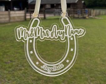 Personalised Lucky Horseshoe Wedding Gift for Bride & Groom, Custom Wedding Gift, Engraved Acrylic Wedding Horse Shoe, Newly Wed Gift