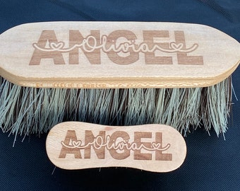 Personalised Horse Grooming Brush Set of Two, Flick Dandy & Face Brush, Personalised Horse, Equestrian Gift, Horse Lover Gifts, Grooming Kit