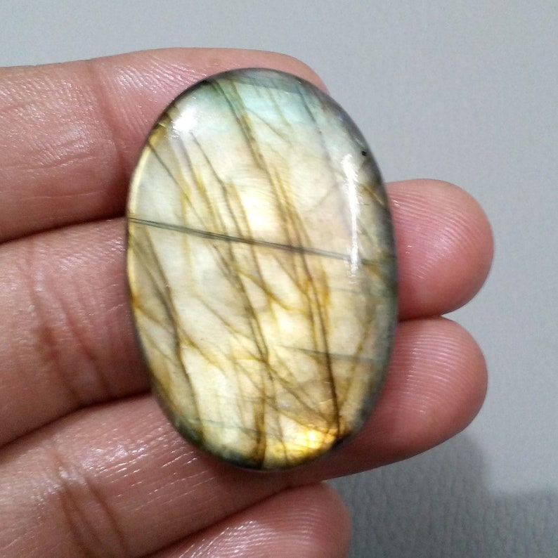 Spectacular Labradorite Cabochon Oval Shape Loose Gemstone 86 Crt 43x29x8 mm For Making Jewelry