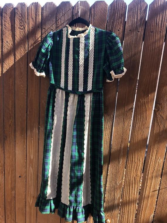 Kate Greenaway plaid dress with ruffles.