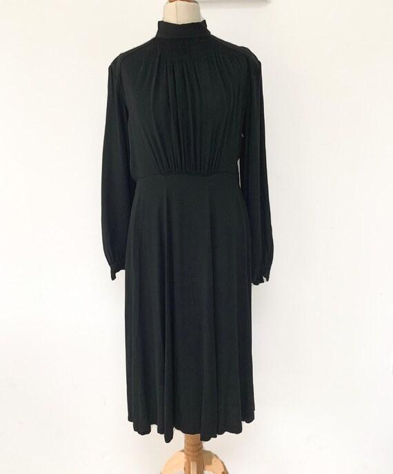 Vintage 1940s smock details black dress
