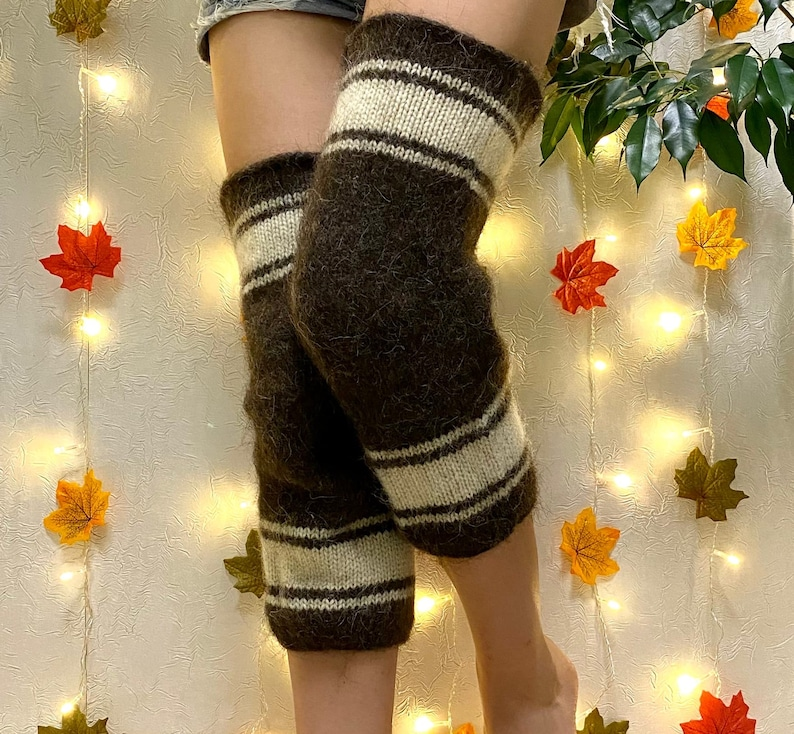Therapeutic knee warmers knee pads knitted of merino wool and dog hair Warm crawling pads for health Winter knee pads for knees Knee warmers