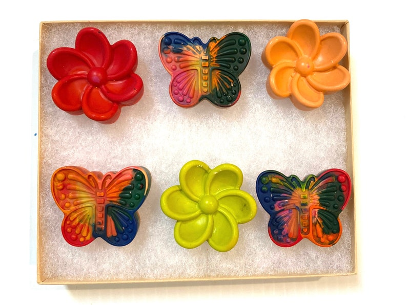 option to add personalized burlap bag Butterfly and flower crayon set