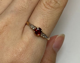Unheated Spinel Ring, Natural Burmese Spinel Ring, Diamond Ring, Spinel and Diamond Ring, 18K Gold Ring, Gift for her