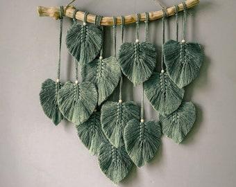 Green Leaves Macrame Wall Hanging, Macrame Feather Wall Decor, Scandinavian Decor, Macrame Wall Hanging, Wall Art, Nursery Decor Gift