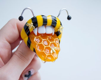 Lips pendant or Lips pin or Lips phone grip, Bee jewelry, Surreal art, Fantasy jewelry, Festival style jewelry, Psychedelic, Weird gift