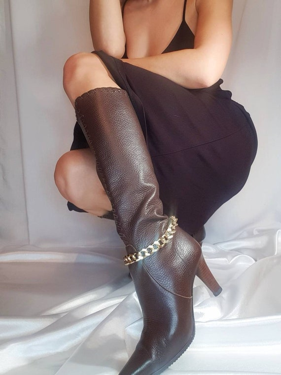 Vintage 90s brown pointed toes boots