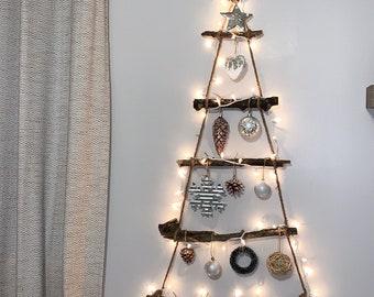 Rustic Wall Christmas Tree