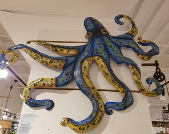 Large hand hammered recycled metal octopus wall hanging | Metal Octopus Art | Tropical Wall Decor