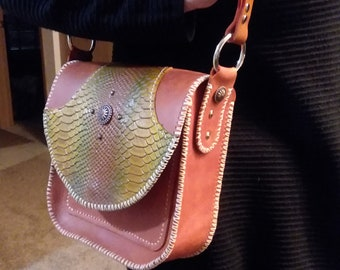 Casual Shoulder Bag is a Proposal Idea to Give Her the Engagement Ring. This Will You Marry Me