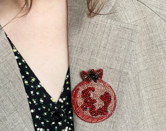 Pomegranate beaded brooch / Hand embroidered brooch woman jewelry handmade beaded jewelry Pomegranate pin / gift for her