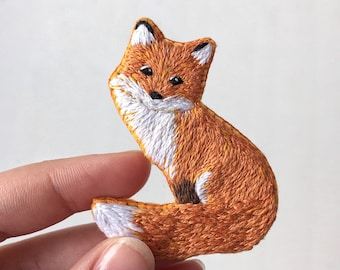 Fox brooch Cute hand embroidered brooch Gift for her Fox pin Gift for friend