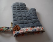 Oven glove, cooking glove, baking glove, Denim Pot Holder,  recycled jeans, upcycled oven mitt