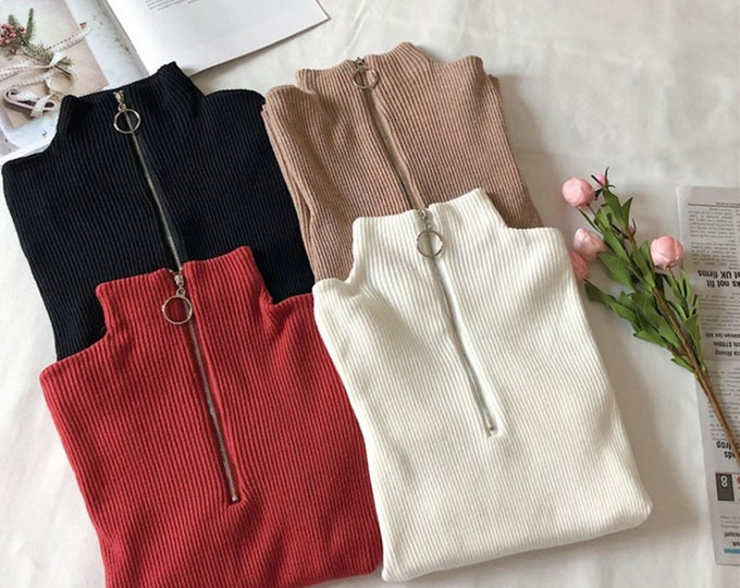 Pullover sweater with 34 zipper