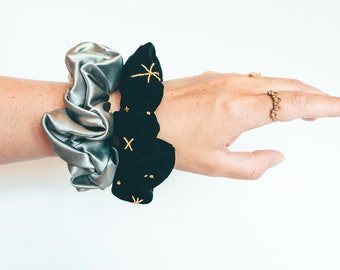 Black and silver embroidered and silk scrunchies set, Silk and linen scrunchie, mystical scrunchie, satin scrunchie, scrunchie bracelet