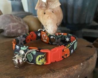 "The ""Pumpkin Patch""  Glow in the Dark Halloween Cat Collar"