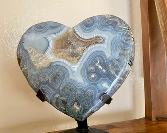 Extra Large Agate Heart, Beautiful Colors, with metal stand. 7LB