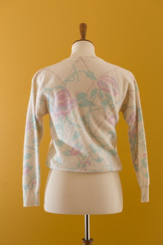 Vintage Halston sweater - image 7