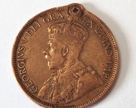 1918 Canadian Large Penny with nice patina and hole for pendant or keyring ~ over 100 years old, Canada Large Cent Coin