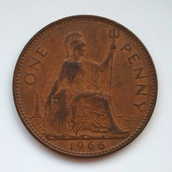 Great Britain Penny, 1966 UK (British) Great Britain Coin - 1 One PENNY with Queen Elizabeth II a large coin with nice color tone