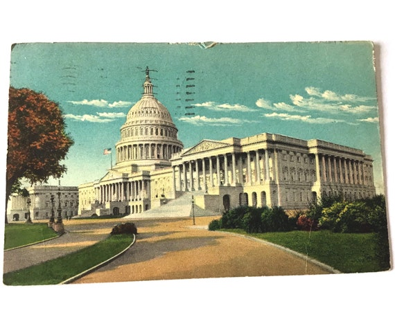 """Vintage 1945 Postcard CAPITOL BUILDING Washington D.C., 3.5"""" x 5.5"""" posted 76 years ago with 1 cent stamp"""