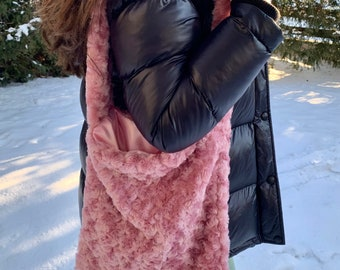 VALENTINES DAY SPECIAL!! Pink Fluffy Swirl Bag - Y2K Bag - Fuzzy Bag -