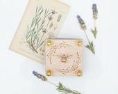 Miniature Flower Press with Lavender Wreath and Bee Design-Mini Botanical flower herb press kit with modern floral design and brass hardware