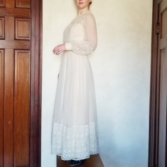 Vintage Prairie Dress, Blush and Ivory Vintage Wed