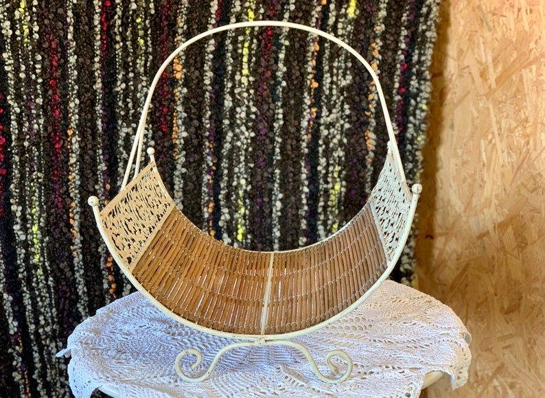 Leaves and Flowers Pattern Rusty Metal Frame Shabby Chic Wicker Basket with Metal Frame Storage Stand Rattan Basket Mid Century Stand