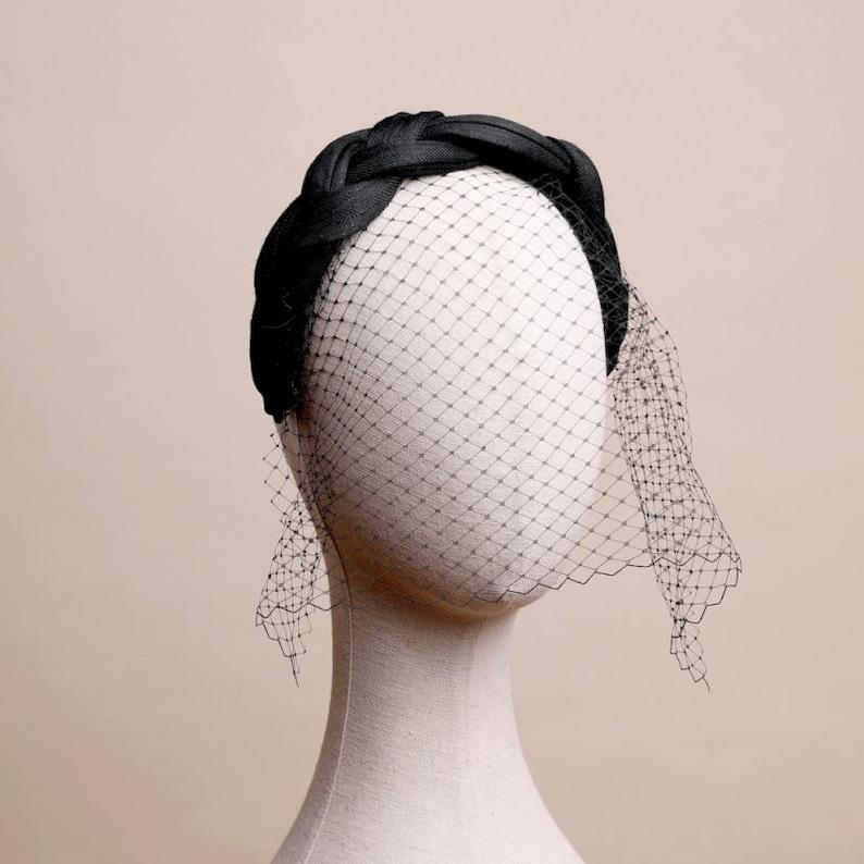 TOCADO INES Black braided headband with veil.