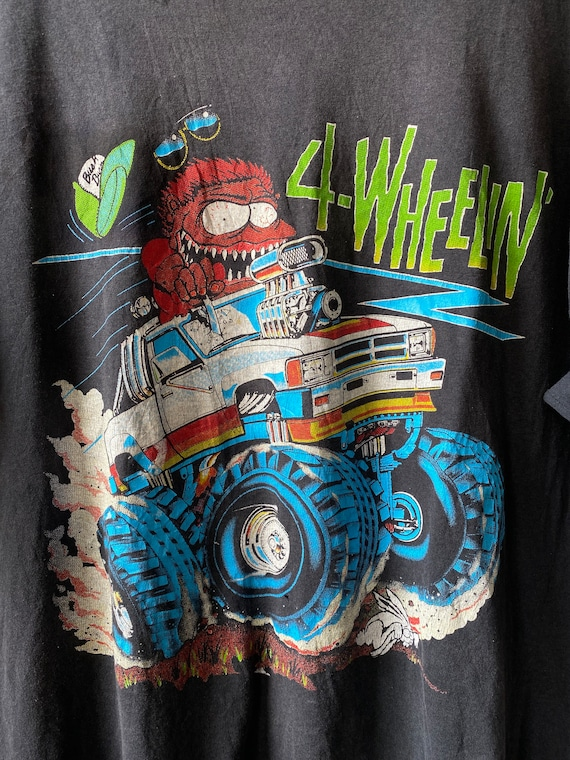 90's Monster Truck '4-Wheelin'