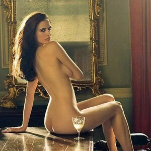 Eva Green 300 Hot
