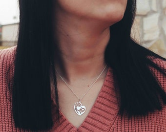 Double Hoop - Mom Necklace in Sterling Silver 925 - Heart-Shaped Mother's Day Pendant - Gifts for Mom