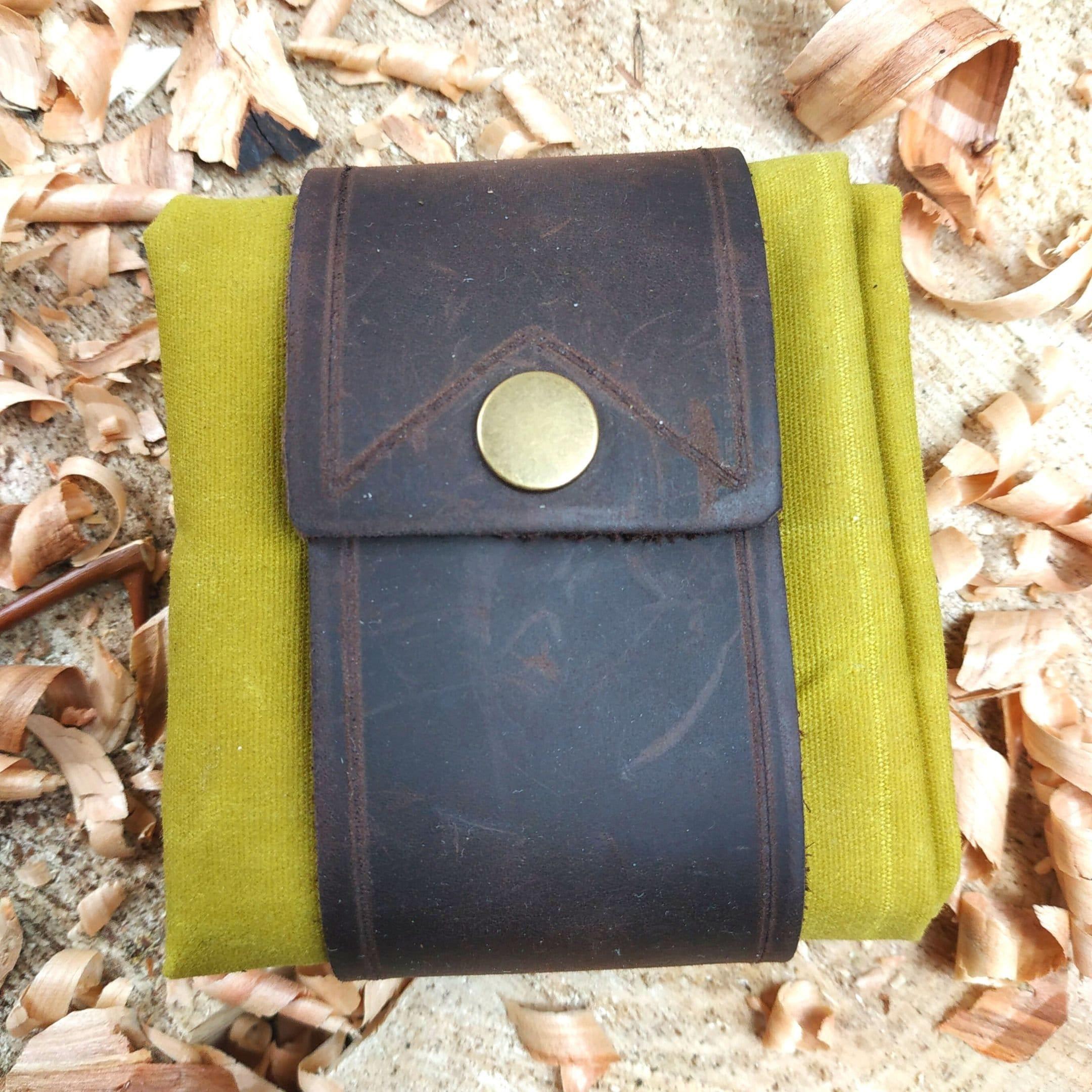 Sammeltasche mit Gürtelbefestigung, echtes Leder, Tasche aus Oilskin, oliv