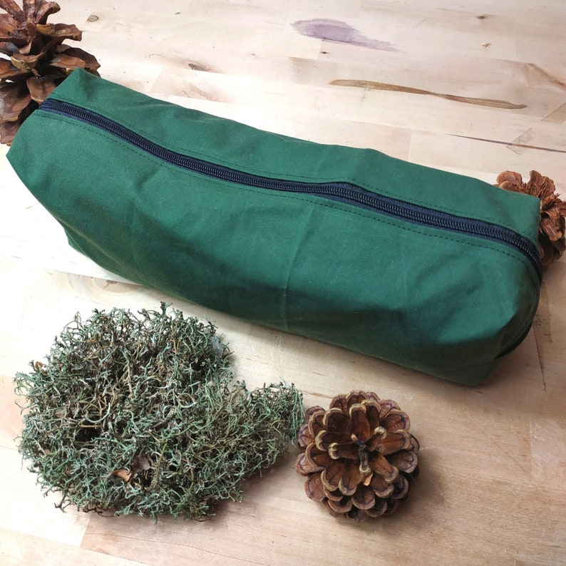 Oilskin bag in tan green water-repellent and robust for image 0