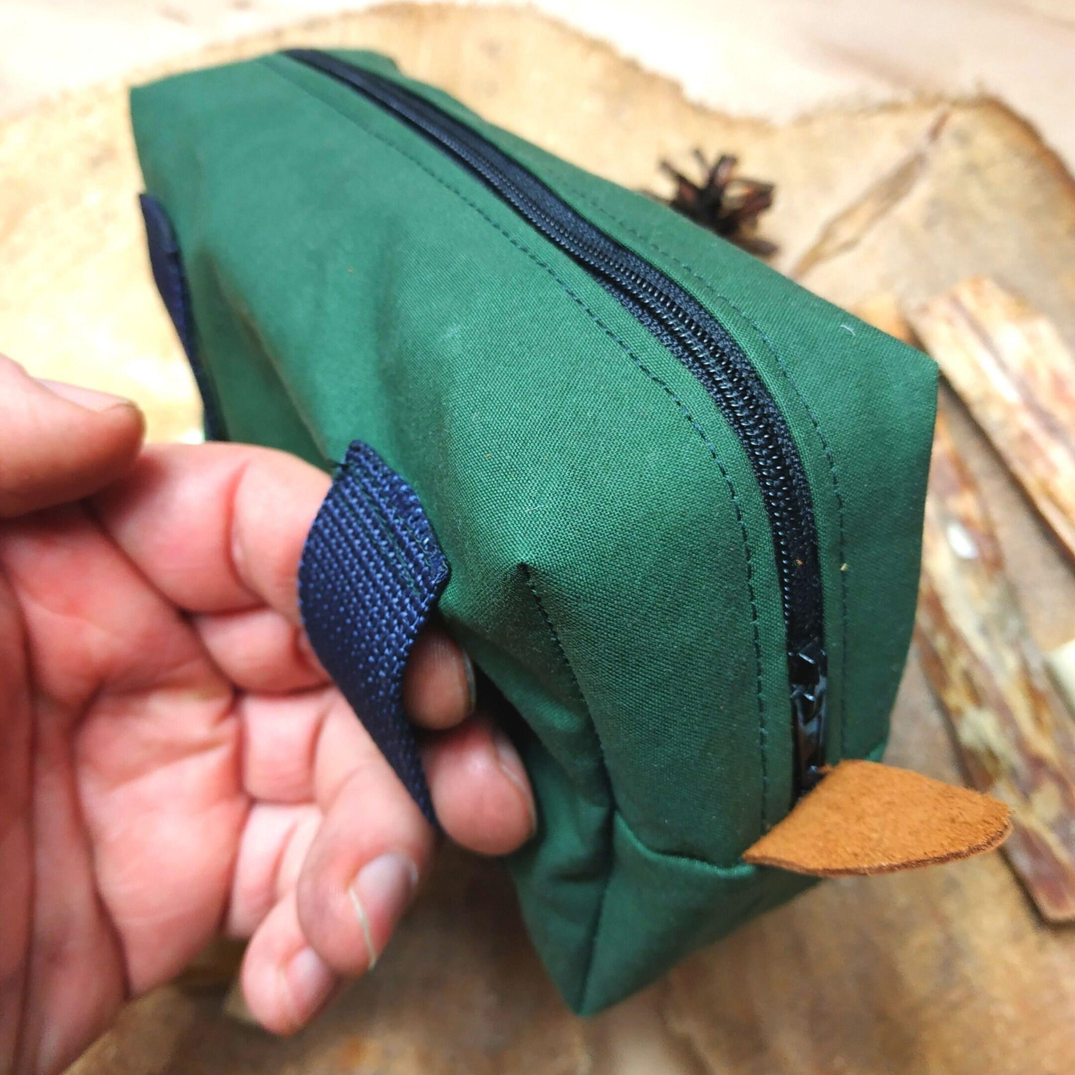 Gürteltasche aus Oilskin-Baumwolle (tannengrün), 100 % handgefertigt, für Outdoor-Leidenschaftler (Bushcraft | Survival | Trekking)