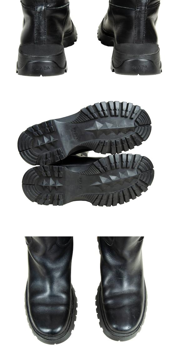 90s Prada black leather chunky lug sole boots / 1… - image 10
