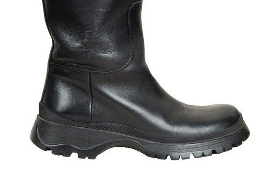 90s Prada black leather chunky lug sole boots / 1… - image 7