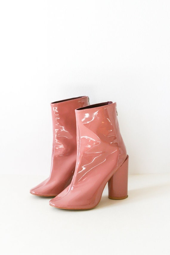 70s style vinyl gogo boots