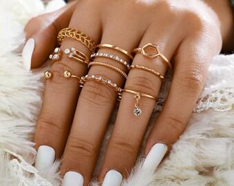 8 sets of geometric rhinestone knuckle rings Alloy