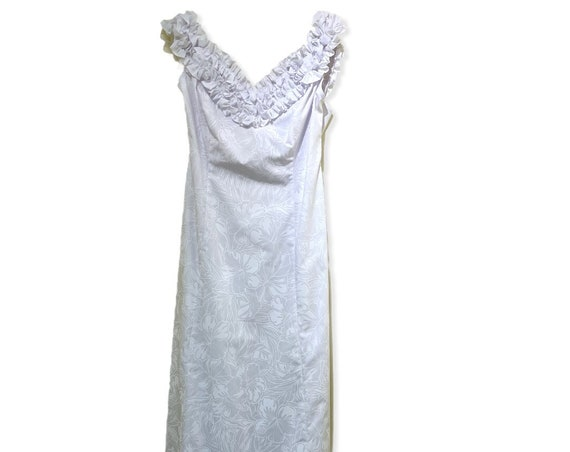 White on White Hibiscus All Over Print Beach Wedding Dress