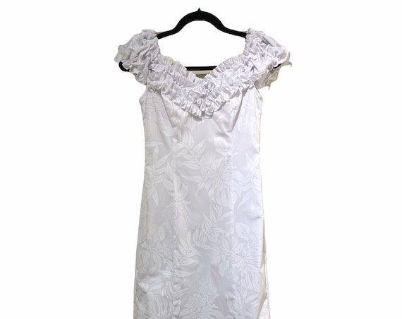 White on White Ohia Lefua and Monstera Leaf Print Beach Wedding Dress