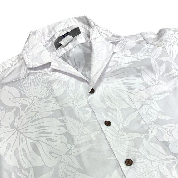 White Ohia Lefua Hawaiian Shirt for Wedding or Party
