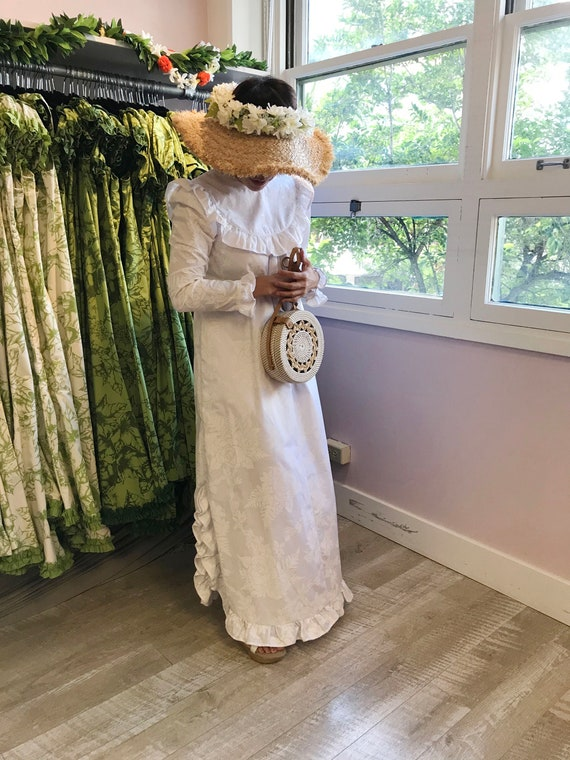 White Vintage Tapa Print Design Hawaiian Long Sleeve Dress | Church Dress