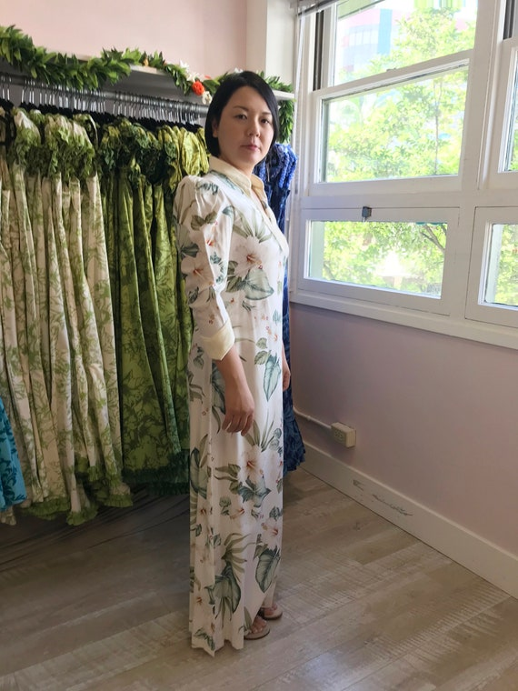 White Velvet Trim Tropical Print Hawaiian Dress