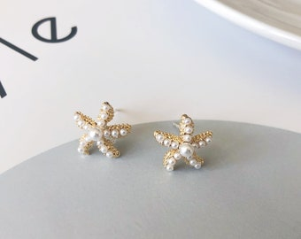 Sassy starfish and pearl earrings \u2022 beachy starfish earrings \u2022 pearl earrings \u2022 white pearl earrings \u2022 starfish earrings \u2022