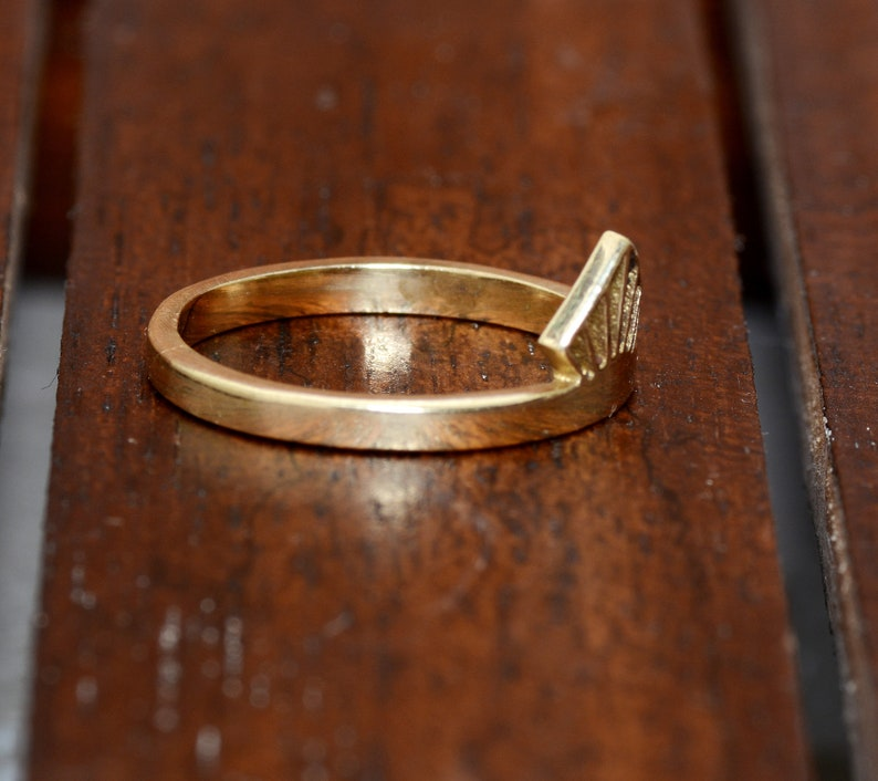 Crown Ring,Brass Ring,Handmade Ring,Vintage Rings,Unique Ring,Boho Ring,Mothers Ring,Wedding Ring,Gift Ring,Deco Ring,Gift For Her,Midi Ring