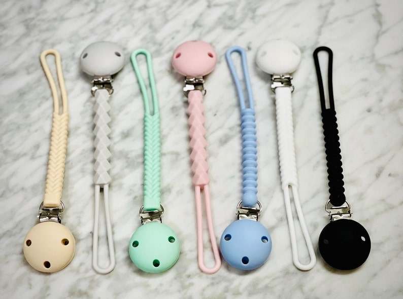 Pacifier Clips for Boy and Girl All Silicone Baby Pacifier Clip Pacifier Clip Baby Clips Baby Gift Teether Clip