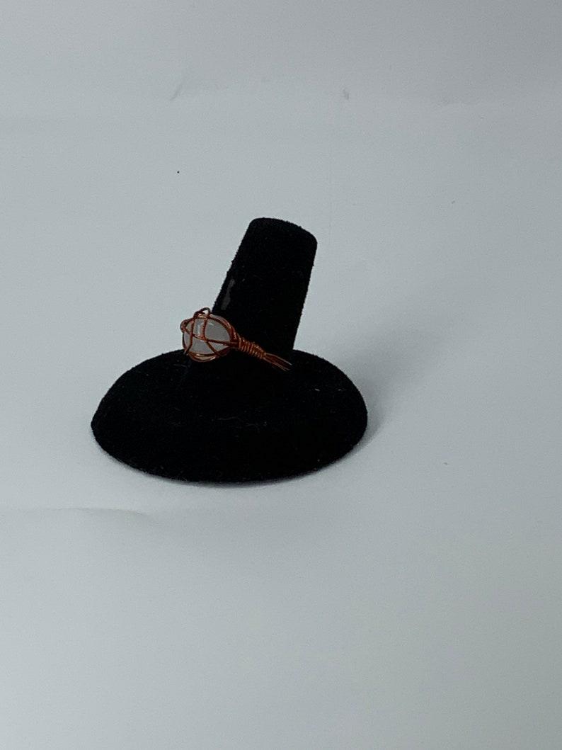 Green Jade rose quartz wired ring