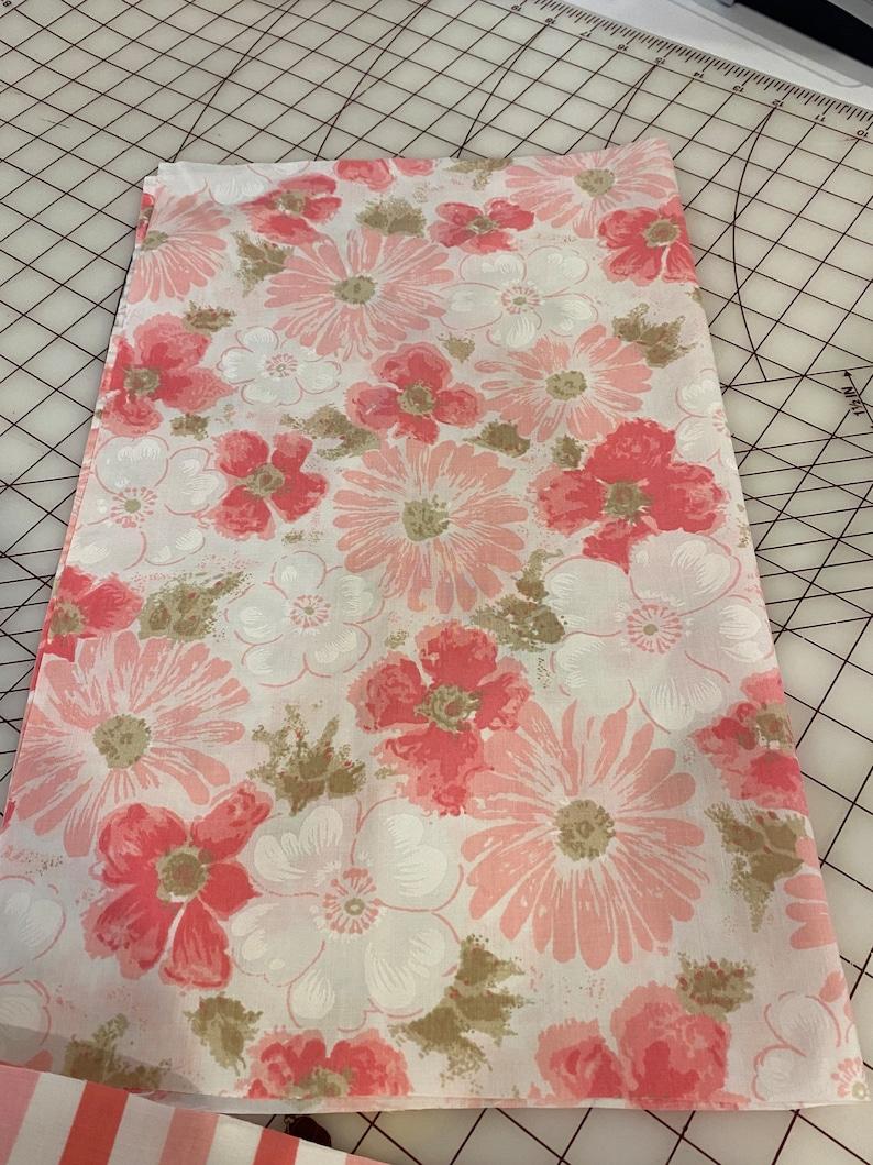 7 vintage fat quarter Cannon Dan River JCPenney floral pattern